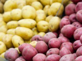 Potatos at grocery store