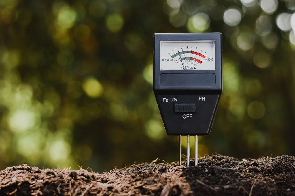 Soil-acidity-test